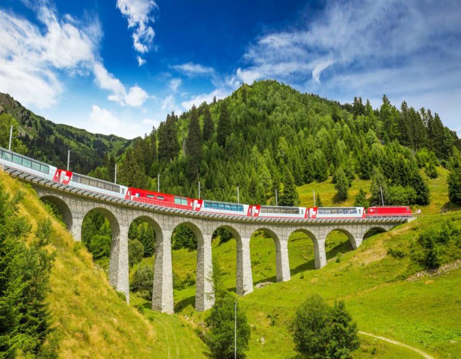 Busreis-Davos-Zwitserse-treinen-ter-beek-reizen-land-treinrit-gallery