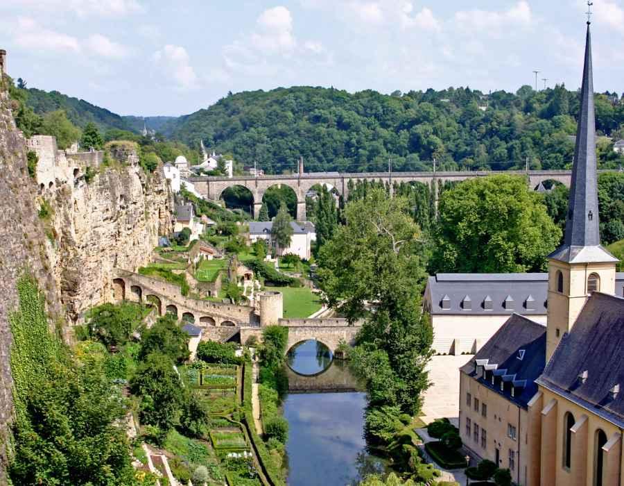 Klein Zwitserland in Luxemburg busreis ter Beek Reizen